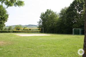 Volleyball Fussball bei der Reblandhalle